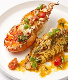 Big on both flavour and luxury, lobster spaghetti is a favourite in many southern Italian coastal towns. Bring some sunshine into your kitchen by whipping up Francesco Mazzeis lobster spaghetti recipe - a gorgeous take on a classic. Lobster Dishes, Lobster Recipes, Fish Recipes, Seafood Recipes, Gourmet Recipes, Cooking Recipes, Healthy Recipes, Vegetarian Recipes, Lobster Spaghetti