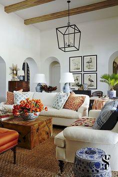 Cozy farmhouse living room decor ideas (17)