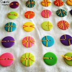 35 button crafts – Diy and Crafts Fabric Crafts, Sewing Crafts, Sewing Projects, Diy Crafts, Diy Craft Projects, Creative Crafts, Felt Crafts, Quilting Projects, Sewing Hacks