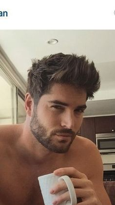 Short Hair With Beard, Mens Hairstyles With Beard, Men's Hairstyles, School Hairstyles, Mens Medium Length Hairstyles, Female Hairstyles, Wedding Hairstyles, Celebrity Hairstyles, Thick Hair Men