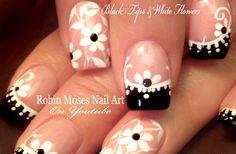 DIY Easy Prom Nail Art #blackandwhitenails #promnails #prom2016 #promideas #nails #nailart #howto #easy #DIY #DIYnails #springnails #flower #flowers