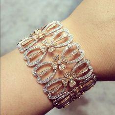 Best Diamond Bracelets : Enough diamonds for you? Diamond Dreams, Best Diamond, Diamond Bracelets, Bangle Bracelets, Bangles, High Jewelry, Women Jewelry, Jewellery, Swarovski
