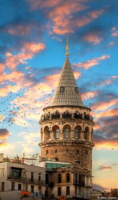 Beste hotel in Istanbul Istanbul City, Istanbul Travel, Turkish Architecture, Turkey Travel, Ottoman Empire, Galaxy Wallpaper, London Travel, Travel Photography, Beautiful Places