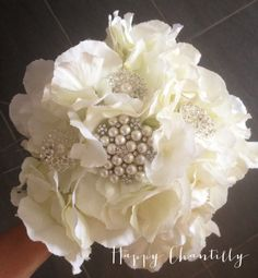 bouquet_broches_hortensia_mariee_happy_chantilly_BD