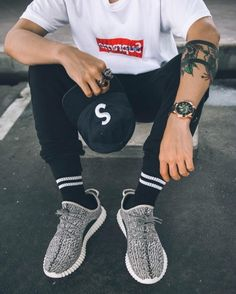 http://SneakersCartel.com via abitgabriel #sneakers #shoes #kicks #jordan #lebron #nba #nike #adidas #reebok #airjordan #sneakerhead #fashion #sneakerscartel https://www.sneakerscartel.com/via-abitgabriel-5/