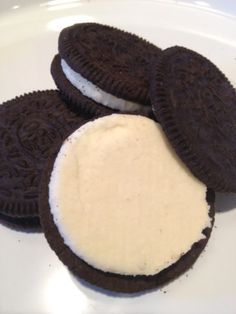 Filling Recipe for Oreo filling. Yep, just the best part.Recipe for Oreo filling. Yep, just the best part. Cupcakes, Cupcake Cakes, Just Desserts, Dessert Recipes, Oreo Cookie Recipes, Oreo Desserts, Oreo Icing, Icing Frosting, Oreo Cake