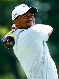 Tiger Woods leads by seven at Bridgestone Invitational