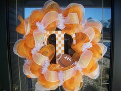 Totally making this Tennessee Vols Mesh Deco Wreath for my boyfriend's mom