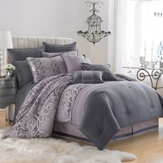 This is so chic and classy!  It could make quite the statement.  I can't decide if I want to go with purple and gray or teal/blue and brown...