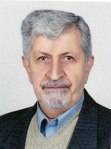 دکتر حسن ابراهیمزاده معبود از استادان باسابقه دانشگاه تهران در رشته زیستشناسی میباشد. رشته تخصصی وی فیزیولوژی گیاهی است. وی همچنین ریاست انجمن زیستشناسی ایران را نیز بر عهده دارد.