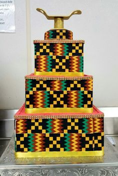 Kente fabric cake The Effective Pictures We Offer You About traditional wedding cakes recipe A quality picture can tell you many things. You can find the most beautiful pictures that can be presented African Wedding Cakes, Unique Wedding Cakes, Traditional Wedding Cakes, Traditional Cakes, Beautiful Cakes, Amazing Cakes, Africa Cake, African Theme, Cake Board