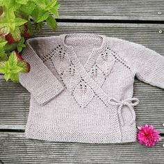 Knitting Pattern Pdf For Baby Baby Cardigan Knitting Pattern, Knitted Baby Cardigan, Knit Baby Sweaters, Knitted Baby Clothes, Baby Knitting Patterns, Baby Patterns, Knitting For Kids, Free Knitting, Knitting Projects