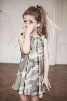 Kids on the moon, ropa para niños romántica y bonita desde Polonia