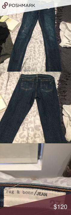 Rag and bone jeans Skinny size 27. Worn a few times. frayed bottoms very hip and boho! rag & bone Jeans Skinny