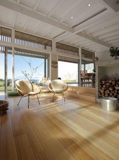 Dřevo je v domě všudypřítomné. Dřevěné podlahy mají přiznanou přírodní kresbu, stropy architekti nechali natřít na bílo. Pokud by je ponecha...