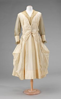 Dress, Evening  Date: 1915–17 Culture: American Medium: silk.  Credit Line: Brooklyn Museum Costume Collection at The Metropolitan Museum of Art, Gift of the Brooklyn Museum, 2009; Gift of F. R. McKenzie in memory of Mrs. George W. McKenzie, 1956!!!