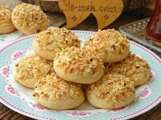 Everybody Will Ask For The Recipe, It Is Dispersed In The Mouth Goes: Nut Cookies - Yummy Recipes Healthy Eating Tips, Healthy Nutrition, Muffin Recipes, Cookie Recipes, Hazelnut Cookies, Tasty, Yummy Food, Food Articles, Vegetable Drinks