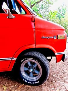 Chevy Vans, Transporter, Chevy Pickups, Custom Vans, Classic Cars, Trucks, Bike, Van, Pickup Trucks