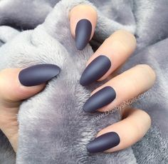 28 Dazzling Nail Polish Trends You Must Try in 2017 - Wearing catchy accessories and stunning jewelry pieces which are encrusted with diamonds can play an important role in enhancing your elegance and mak. Matte Nails, Acrylic Nails, Hair And Nails, My Nails, Vacation Nails, Short Nails Art, Nail Polish Trends, Manicure Y Pedicure, Dream Nails