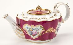 Imperial Porcelain Manufactory Teapot, period of Nickolas I.