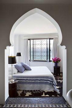 White & Striped Moroccan Bedroom #home #decor #travel