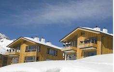 Architektur im Schnee #architecture #chalet #alps #apartment Architekt: HolzBox Tirol, Foto: Gerda Eichholzer Cabin, House Styles, Design, Home Decor, Apartments, Snow, Architecture, Timber Wood, Homemade Home Decor