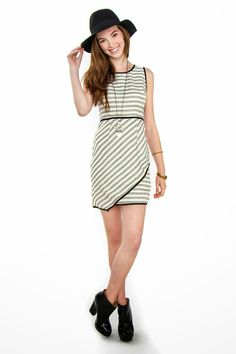 Kara's Glamour Blog: Cute Fashion Finds From Lucky B Boutique!