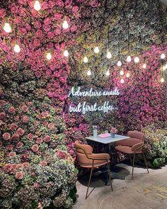 Home Decoration Sale Clearance Coffee Shop Design, Cafe Design, Store Design, Salon Interior Design, Restaurant Interior Design, Deco Restaurant, Flower Wall, Holiday Decor, London Cafe