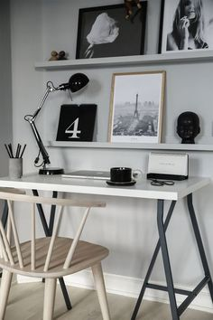 Modern home office, Scandinavian design, minimalist interior, wall art, white desk Spare Room Office, Home Office Setup, Home Office Desks, Office Inspo, Bedroom Office, Interior Work, Interior Styling, Workspace Inspiration, Interior Inspiration