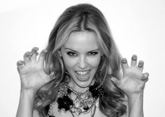 Great photo of Kylie Kylie Minogue, Jay Z, Marbella Real Estate, Great Photos, Style Icons, Singer, Idol, Lost, Men In Black