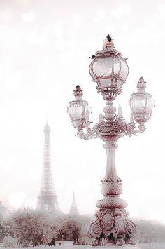 . Pink Paris, Paris Love, Paris Paris, Tour Eiffel, Tout Rose, Beautiful Paris, Paris Ville, Paris Apartments, Paris Travel