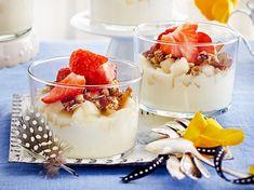 Obstjoghurt mit kernigem DIY-Müsli Rezept | LECKER