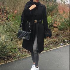 Hijab Fashion | Nuriyah O. Martinez | 453 vind-ik-leuks, 2 opmerkingen - Daily dose of fashion (@outfitphotosx) op Instagram