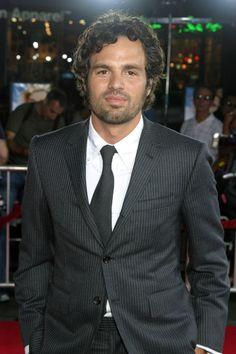 Mark Ruffalo love him Mark Ruffalo Hulk, Anthony Mackie, Bruce Banner, Jeremy Renner, Female Images, Tony Stark, Role Models, Hot Guys, Beautiful People