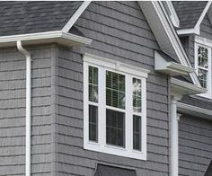 Staggered Shake Vinyl Siding Grey House Clapboard Gray