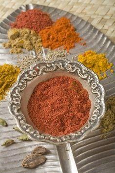 Spices of India Tandoori Masala, Garam Masala, Ayurveda, Tandoori Recipes, Salty Foods, Homemade Seasonings, Spices And Herbs, Seasoning Mixes, Spice Mixes