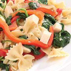 Zesty Italian Bowtie Pasta with Chicken, Spinach, Red Peppers and Onions - Recipe from Price Chopper