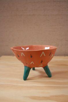 Leggy Planter #ceramic #pottery #pot #planter #clay #illustration #design #homedecor #succulent #handmade #etsy #pinchpot #terracotta