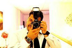 Me working!!... lov my job!!...