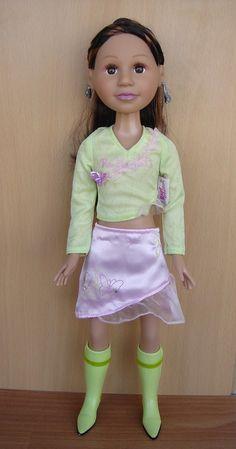 Мулатка Jenaya с музыкальным ковриком - очень редкая кукла от Zapf Creation, 2006 г, новая. / Игровые куклы / Шопик. Продать купить куклу / Бэйбики. Куклы фото. Одежда для кукол Waist Skirt, High Waisted Skirt, Zapf Creation, Skirts, Fashion, Puppets, Moda, High Waist Skirt, Skirt