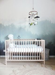 Comment poser un papier peint mural - Home by Marie Baby Boy Nursery Room Ideas, Baby Bedroom, Kids Bedroom, Kids Room Murals, Kids Room Paint, Forest Baby Rooms, Clearance Wallpaper, Forest Mural, Serene Bedroom