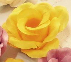 Rosas Triplas Tecido Amarelo  Cx 100