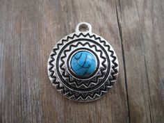 Aztec style pendant in silver and turquoise - aztec pendant, aztec shield, silver and turquoise pendant - 1 pc.