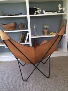 Orignal-Leather-Butterfly-Chair-Jorge-Hardoy-Knoll-Mid-Century-Modern-with-Stool