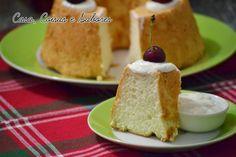 Bolo dos anjos com cobertura de iogurte / Angel food cake with yogurt frosting
