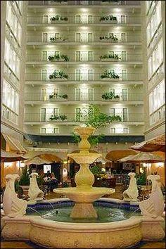 Embassy Suites Hotel Dallas Market Center - 2727 Stemmons Frwy - Dallas, Tx - www.esdmccatering.com