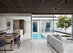 Local Australian Architecture And Interior Design Nolan House Designed By Coy Yiontis 10 Australian Architecture, Interior Architecture, Australian Homes, Residential Architecture, Interior Exterior, Interior Design, Room Interior, Travertine Floors, Vogue Living