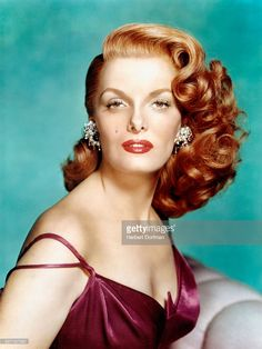 Portrait of <a gi-track='captionPersonalityLinkClicked' href=/galleries/search?phrase=Jane+Russell&family=editorial&specificpeople=617496 ng-click='$event.stopPropagation()'>Jane Russell</a>