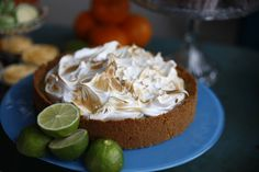 Key lime paj - En riktigt god paj som passar både till fikat eller som kronan på verket efter en middag!