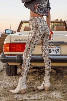 Wild One Snakeskin Leggings – Tribe Printed Leggings Outfit, Black Leggings Outfit, Tribal Leggings, Legging Outfits, Street Chic, Street Fashion, Punk Fashion, Lolita Fashion, Asian Fashion